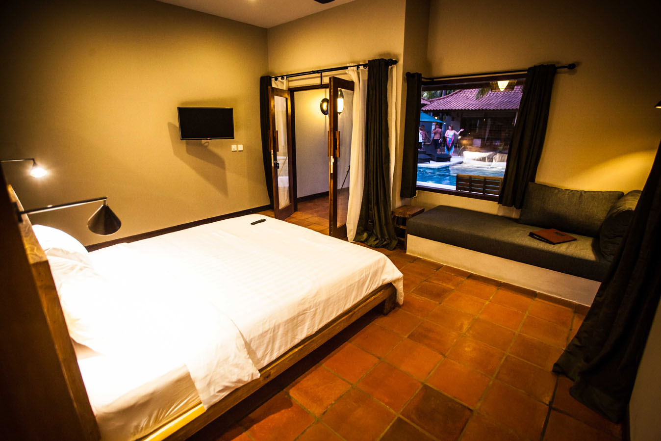 Tropical Luxury Hotel Bedroom : Belukar: Luxury holiday villa resort hotel rooms at an amazing price ...